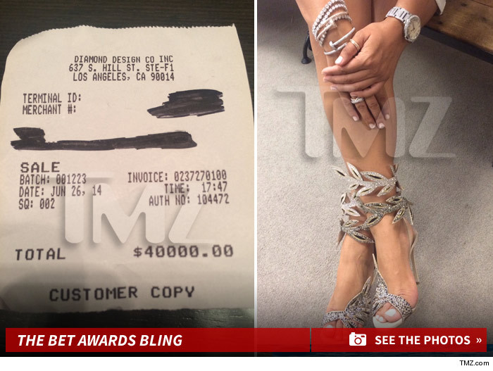 Floyd Mayweather -- Takes Girlfriend on $70,000 Pre-BET Awards Shopping Spree
