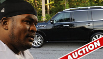 NFL Star Bryant McKinnie -- REPO MAN TAKES CAR ... You Don't Pay, You Don't Drive!