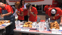 Molly Schuyler -- 120-Pound Mom ... DESTROYS BURGER EATING CONTEST!