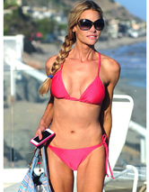 Denise Richards, 43, Flaunts Amazing Beach Bod
