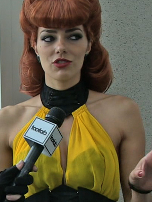 Adrianne Curry Describes Horrific Groping Incident at Comic-Con -- And How She Fought It Off!