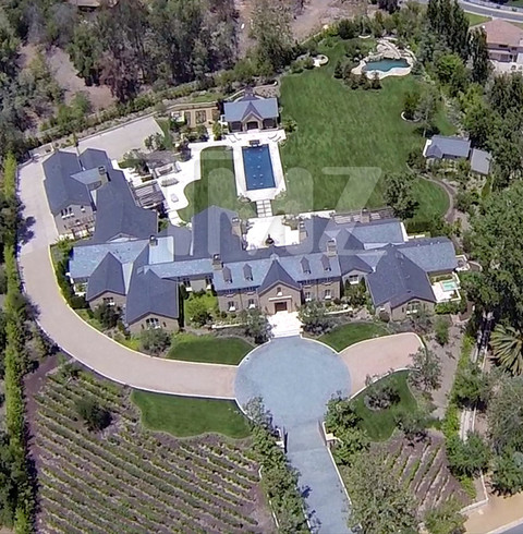 Kim kanye 39 s hidden hills home photo 1 for Kanye west house address