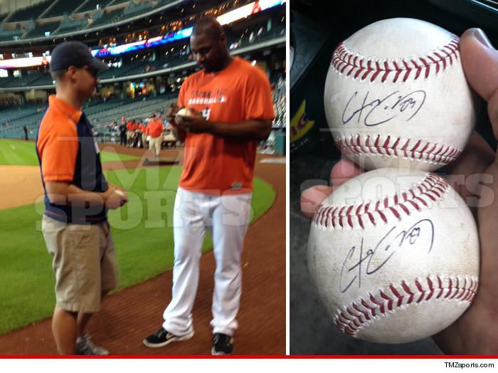 Fan Caught Chris Carter Home Run Balls