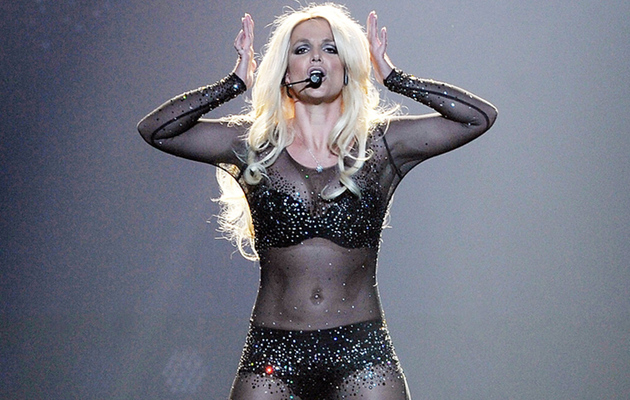 "Britney Spears Returns to Las Vegas, Gets Slammed for Lip Syncing ""Perfume"""