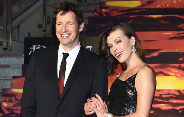 "Milla Jovovich Reveals She's Pregnant & Baby Is Delaying Next ""Resident Evil"" Film"