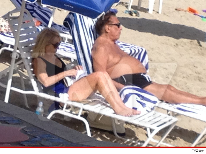 0829-donald-sterling-beach-tmz-03