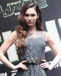 "Megan Fox Stuns At ""Teenage Mutant Ninja Turtles"" Press Con"