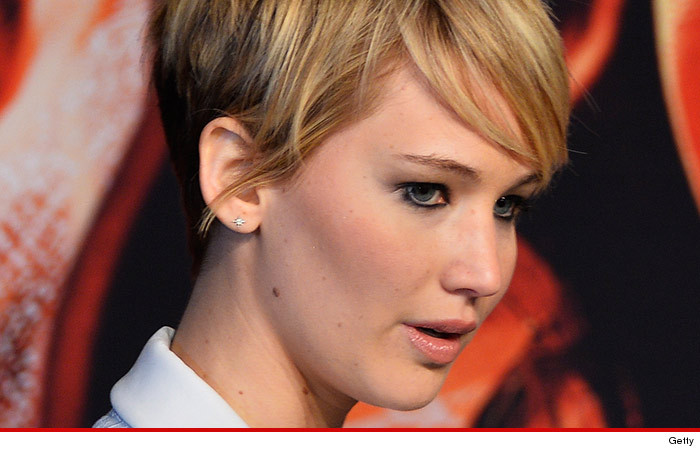 Jennifer Lawrence Non-Selfie Nudes Could Pose Legal Hurdle