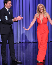 Video: Jimmy Fallon Creates Tinder Profile for Britney Spears