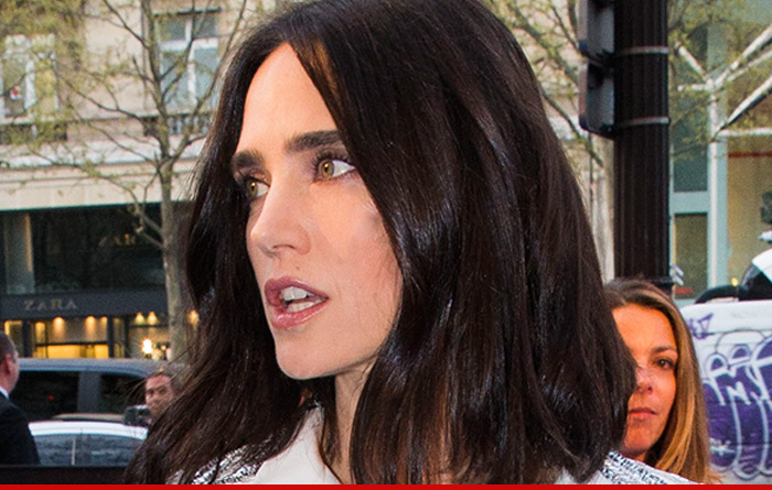 Jennifer Connelly Sues...
