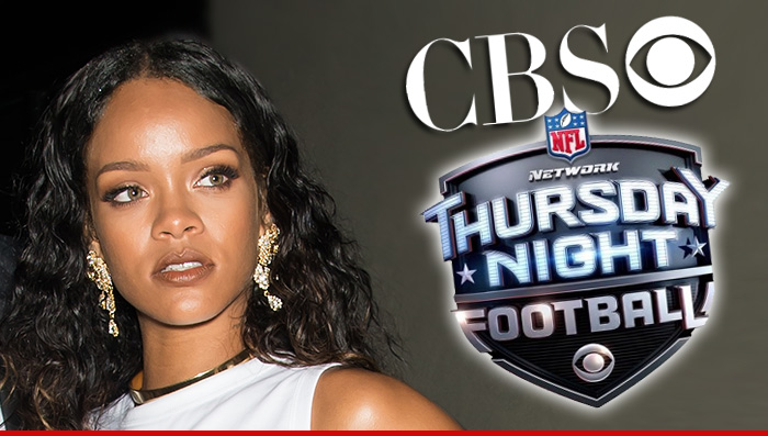 Rihanna NFL