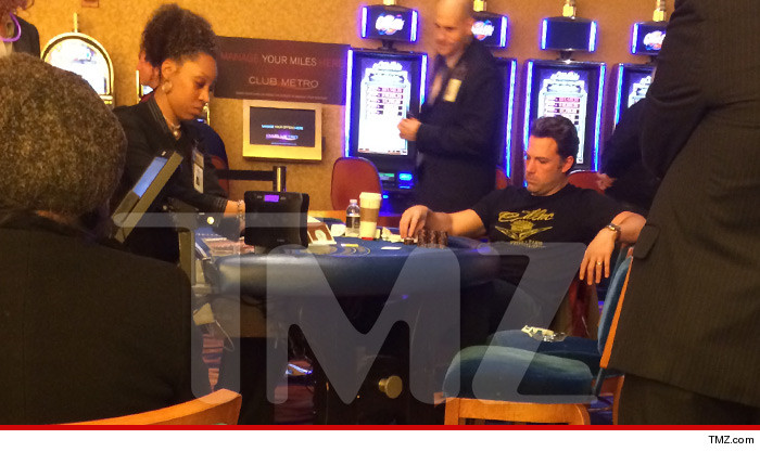 0918-ben-affleck-playing-blackjack-tmz-02