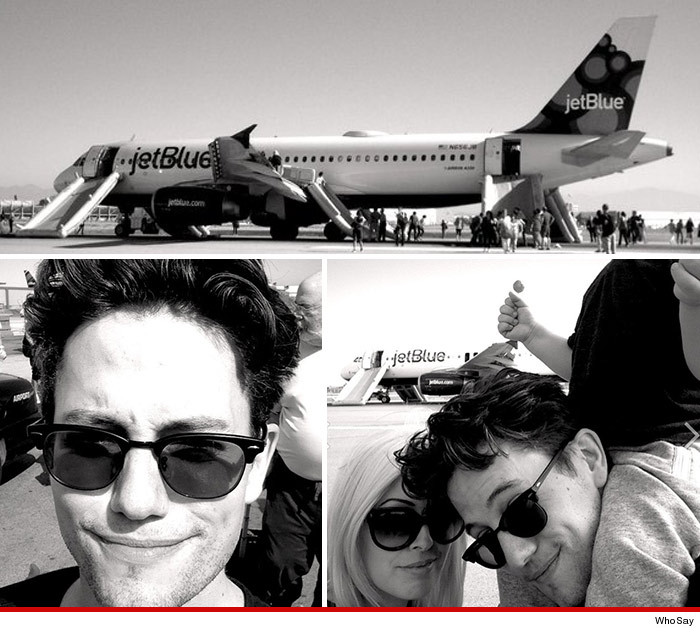 0918_jet_blue_flight_down_jackson_rathbone_whosay