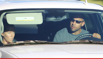 Kendra Wilkinson & Hank Baskett -- Still Workin' It Out (PHOTO)