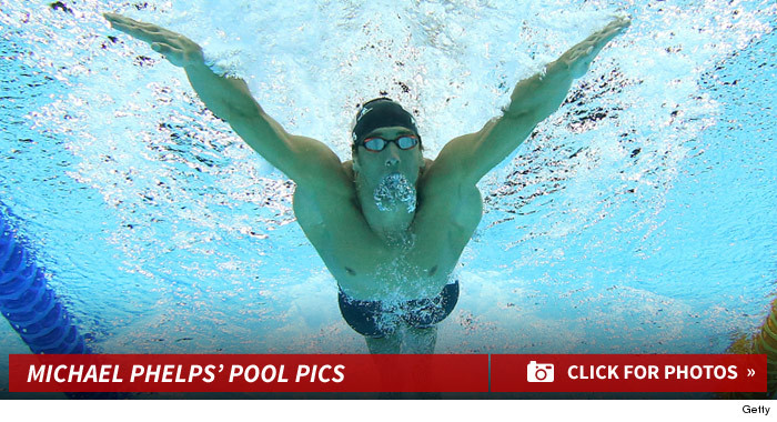 0930_michael_phelps_pool_swimming_footer