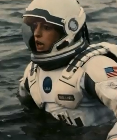"""Anne Hathaway And Matthew Mcconaughey Movies: Anne Hathaway Faces Some HUGE Waves In New """"Interstellar"""