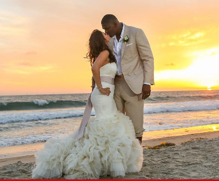 1001_Keyshawn-Johnson-wedding