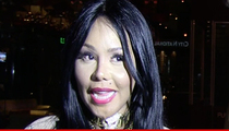 Lil Kim -- Pisses Off Gay VIPs