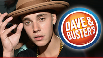 Justin Bieber -- Cleared in Alleged Cell Phone Snatching ... No Video Evidence After All