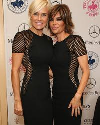 Dueling Dresses: Yolanda Foster vs. Lisa Rinna