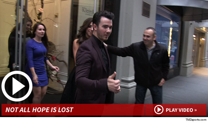 101414_kevin_jonas_launch