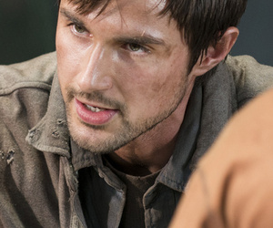 """The Walking Dead"" Diaries: We Need to Talk About That Final Scene!"