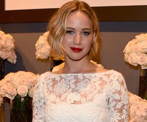 Jennifer Lawrence In Oscar De La Renta At The Elle Event | Holidays OO