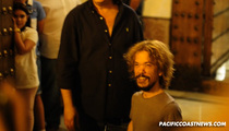 Peter Dinklage -- Spanish Fans Can't Get Enough ... Of His Stunt Double
