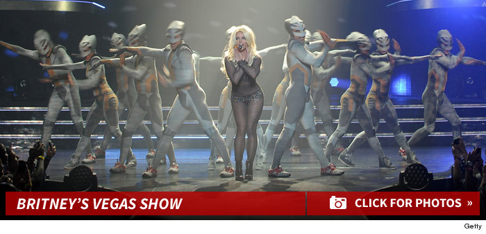 1022-britney-spears-vegas-show-performance-photos-footer-2