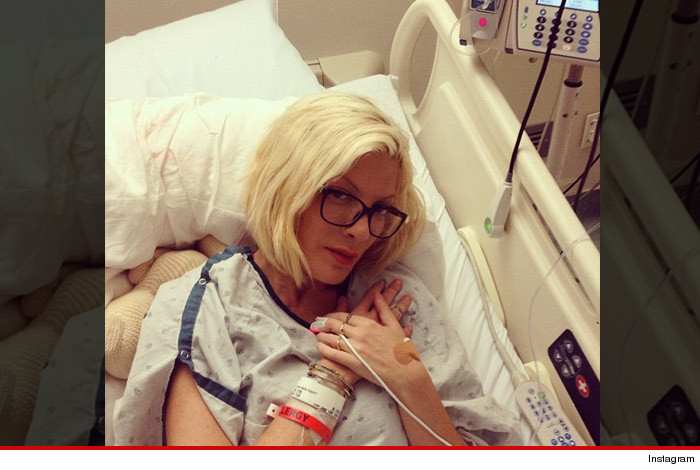 1023_tori_spelling_in_the_hospital_instagram