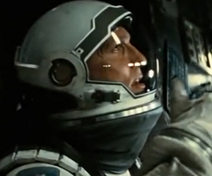"Movie Review: Christopher Nolan's ""Interstellar"" Really Is Out Of This World!"