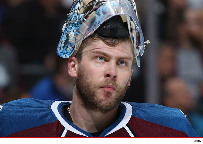 1025-semyon-varlamov-getty-01