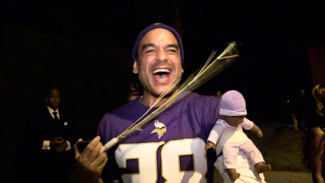 Adrian Peterson Costume Hits Los Angeles … It Was Only a Matter of Time