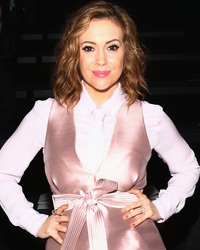 Alyssa Milano Posts Breastfeeding Picture of Baby Girl Elizabella D