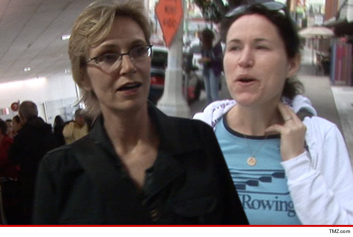 1028_Jane-Lynch_Lara-Embry_tmz