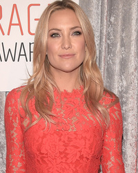 Kate Hudson Looks Lovely in Lace at the Courage in Journalism Awards
