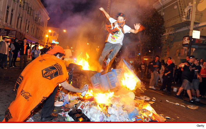 1030-sf-fan-riot-getty-01