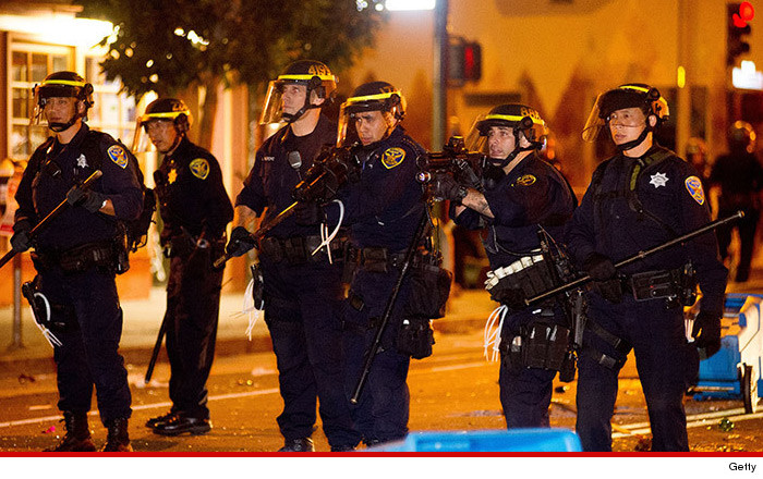 1030-sf-police-getty-01