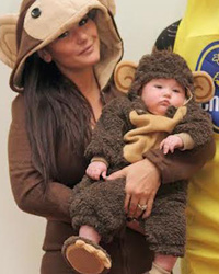 Jwoww Posts An Adorable Family Halloween Pic with Baby Meilani