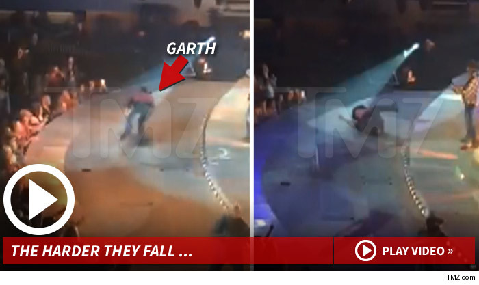 Garth Brooks -- The Thunder Rolls ... But Not As Much As Me (VIDEO)