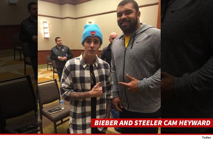 1110_Bieber-and-Steeler-Cam-Heyward_twitter_SUB