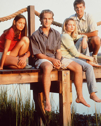 "James Van Der Beek & Joshua Jackson Have ""Dawson's Creek"" Reunion"
