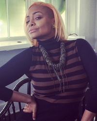 "Raven Symone Colors Her Hair ""Peach"" -- Like The Look?!"