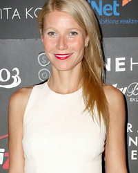 Gwyneth Paltrow Flaunts Tight Tummy At Imagine1day Leadership Awards