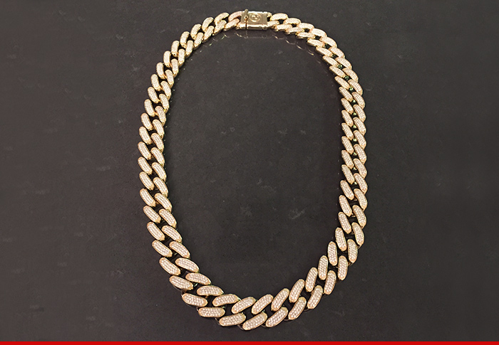 1120-sub-desean-jackson-necklace-tmz-01