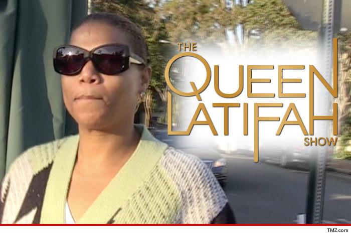 1121_queen-latifah_tmz_logo