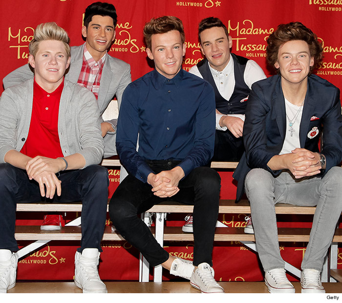 1125_one_direction_wax_4