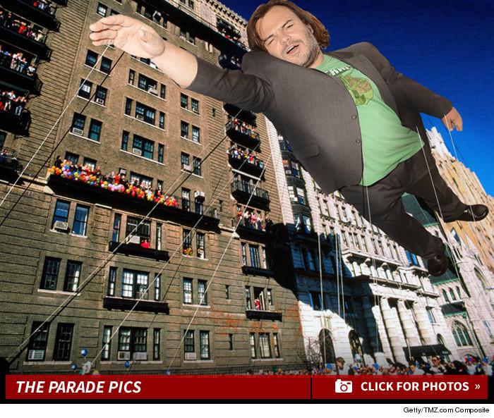 1125_parade_famous_floats_launch