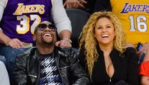 Floyd Mayweather -- Continues to Grieve ... In Courtside Lakers Seats