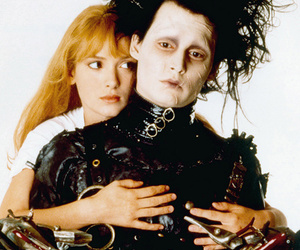 "Five Fun Facts About ""Edward Scissorhands"""